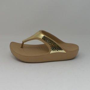 Crocs Sloane Embellished Platform Flip